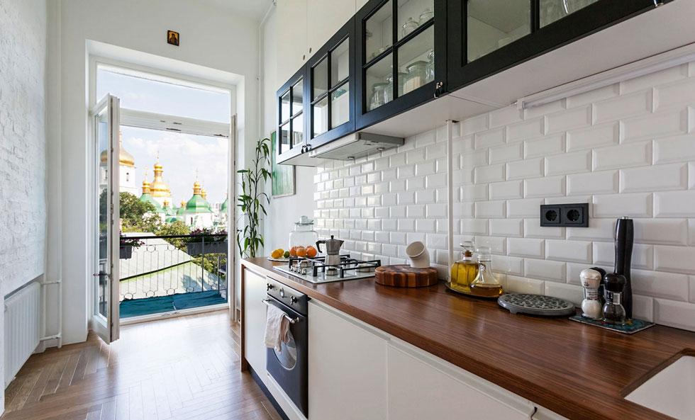 Кухня с балконом объединение дизайн - выберите оптимальный для себя вариант