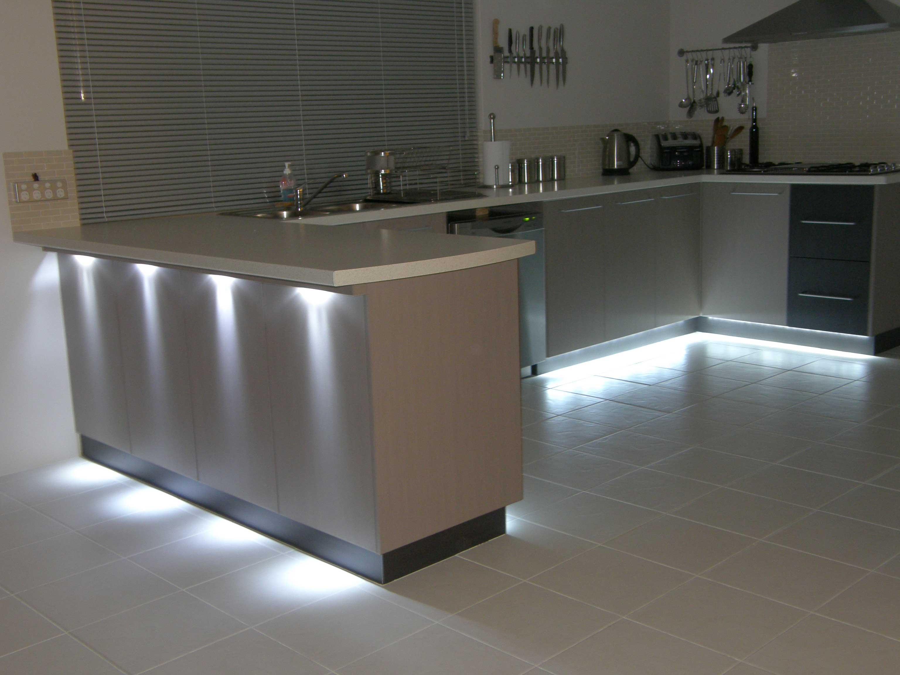 подсветка кухни светодиодной лентой фото электропередачи